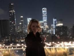 Katherine Heigl Enjoying A Dirty Martini Cocktail